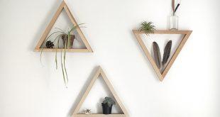 الرف الخشبي المثلث