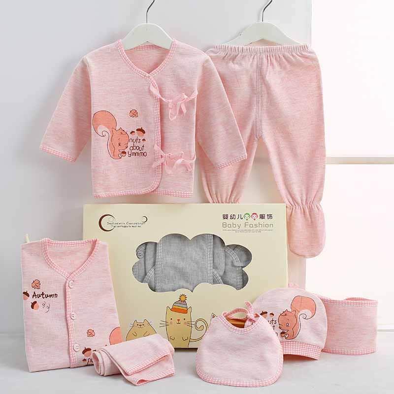 51c794bd7aca2 ملابس بيبي حديث الولادة ولد و البسة بيبي صبيان رائعة بالصور - مجلة أبدعي